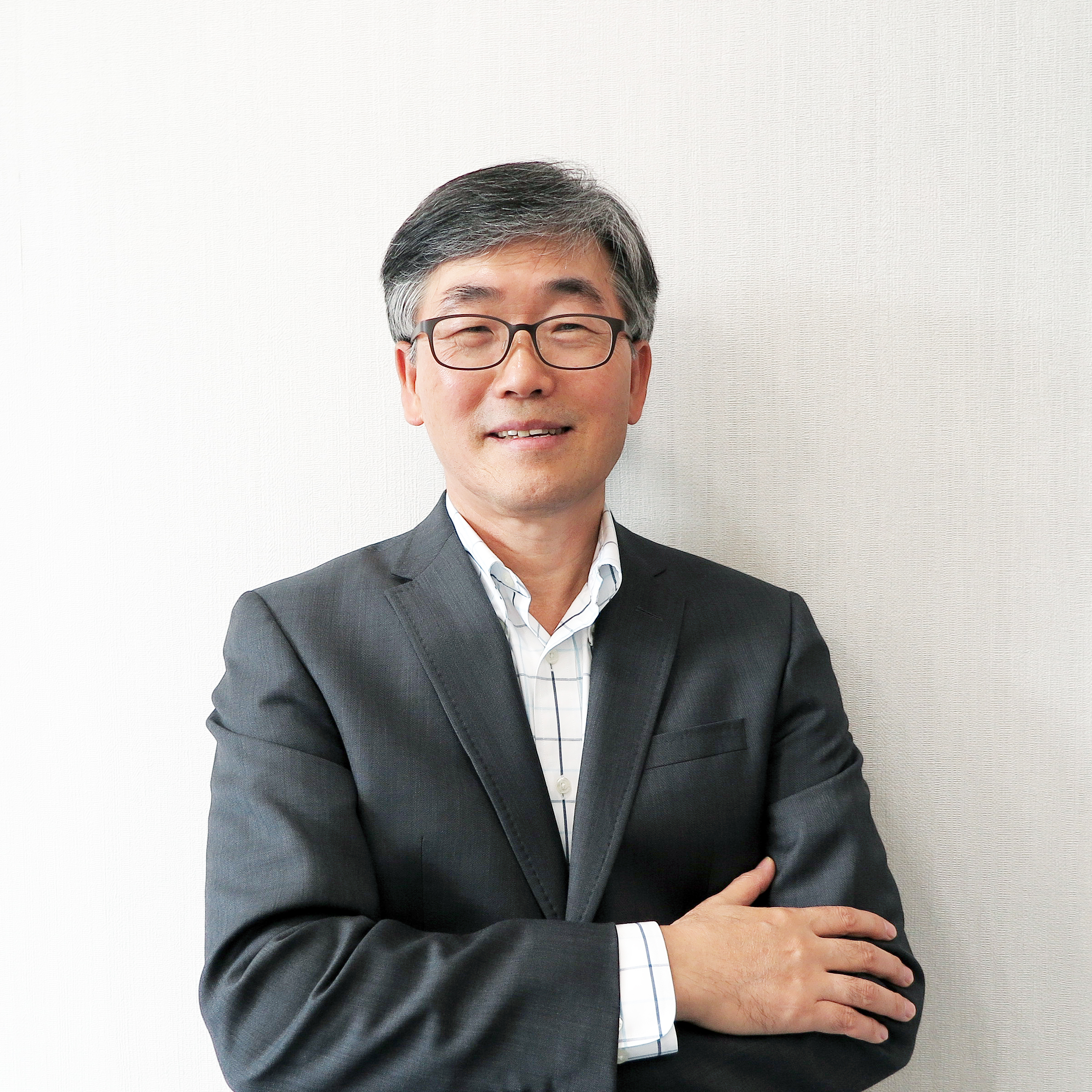 rfhic executive Samuel Cho
